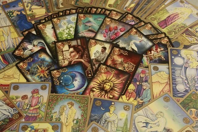 Tarot Cards to Avoid - 9 Creepy Cards You Hope Never to See!